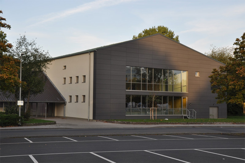 Sporthalle-Misburg-in-Hannover-01