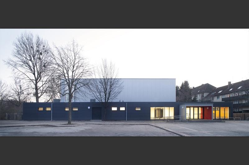 Sporthalle-Wendlandstrasse-in-Hannover-01