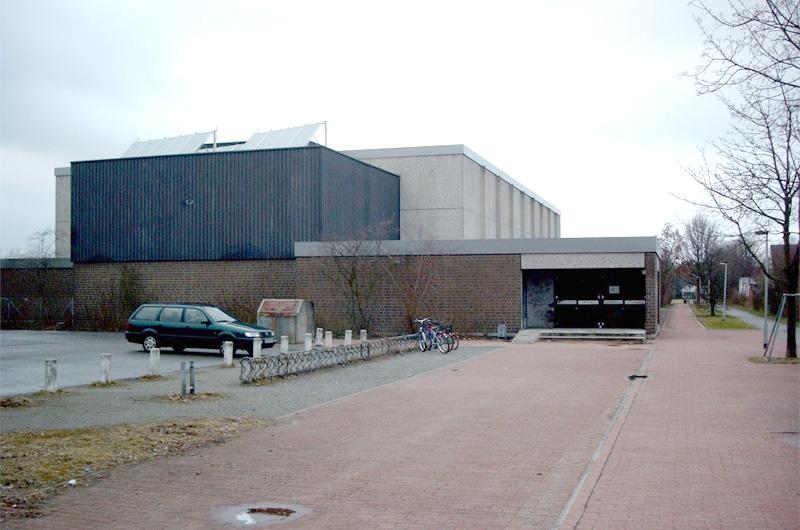 Wettkampfhalle-Salzweg-Badenstedt-in-Hannover-01